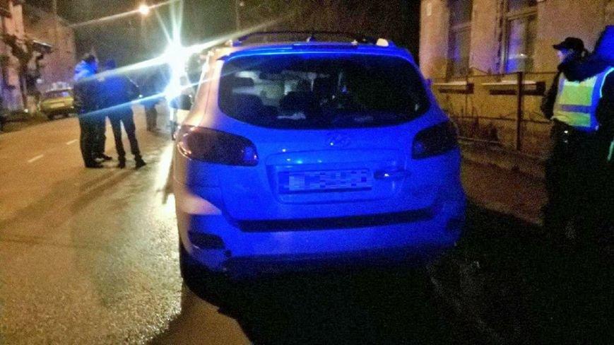 В Ужгороді водій хотів втекти від патрульних (фото) - фото 1