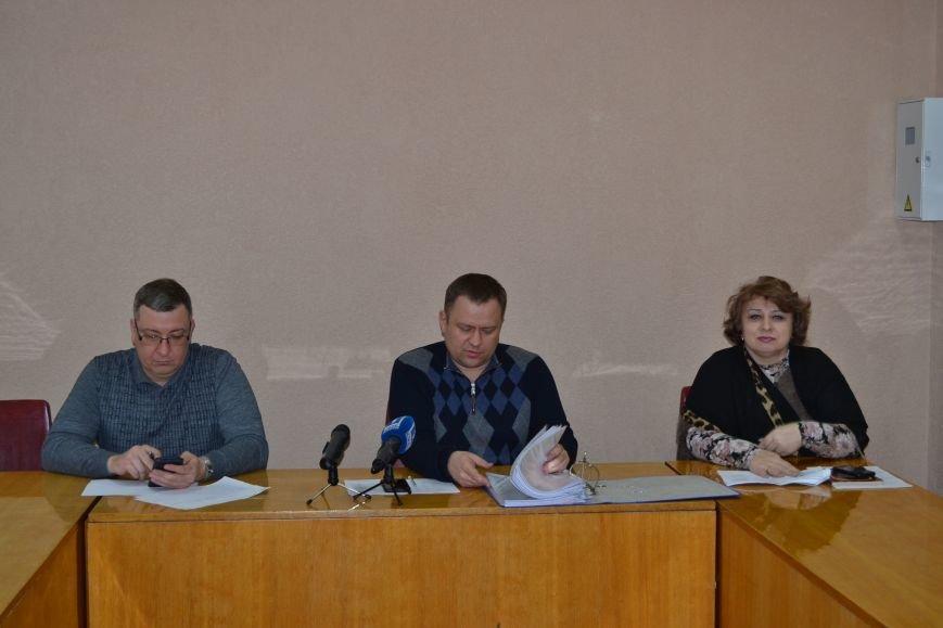 Сегодня горизбирком Кривого Рога последний день регистрирует кандидатов в мэры (ФОТО), фото-1