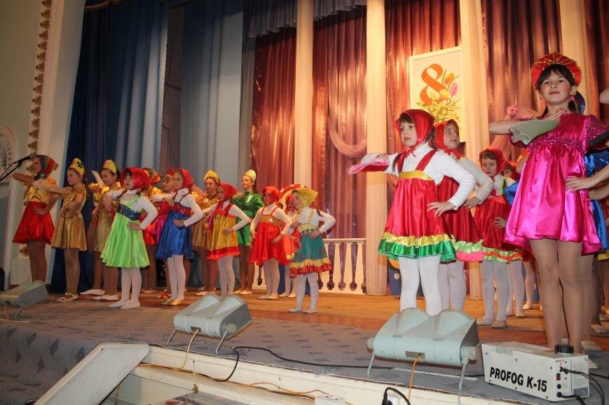 Женщин Северска поздравили с наступающим праздником, фото-5