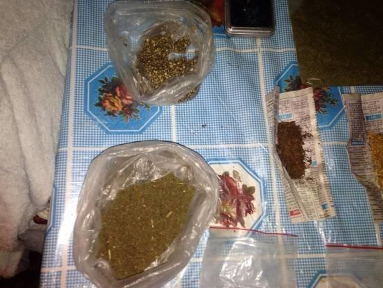 У Дрогобичі чоловік впродовж п'яти років збував марихуану (ФОТО) (фото) - фото 2