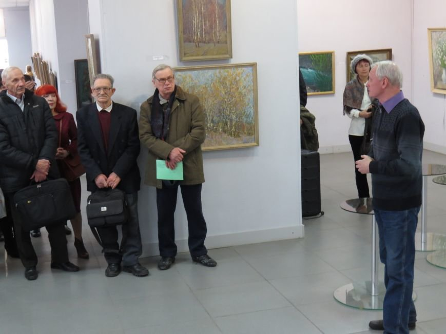 В Мариуполе открылась выставка влюбленного в жизнь художника (ФОТО), фото-1