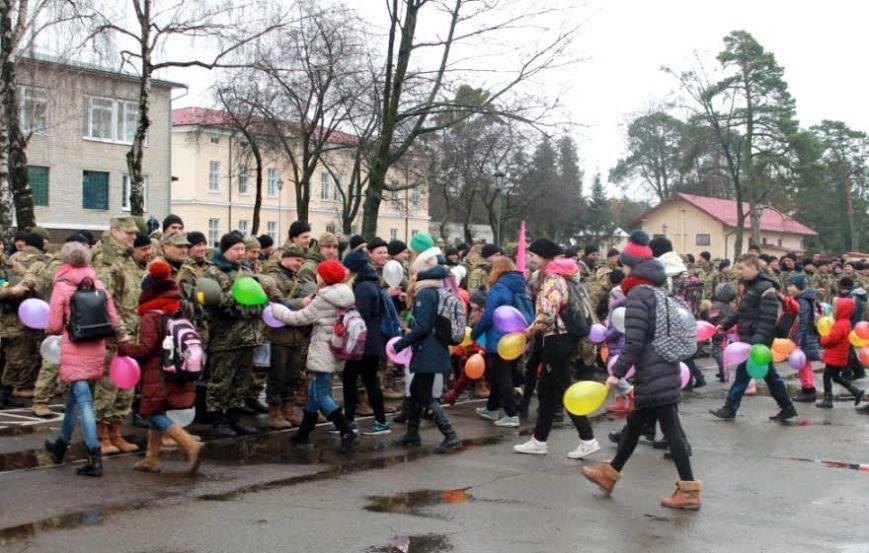 У Львівську область приїхало більше сотні прикордонників із передової (ФОТО), фото-7