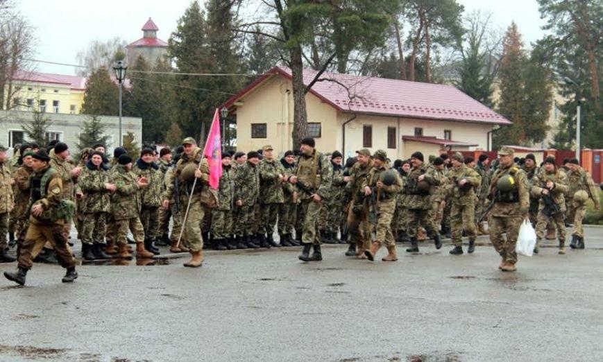 У Львівську область приїхало більше сотні прикордонників із передової (ФОТО), фото-4