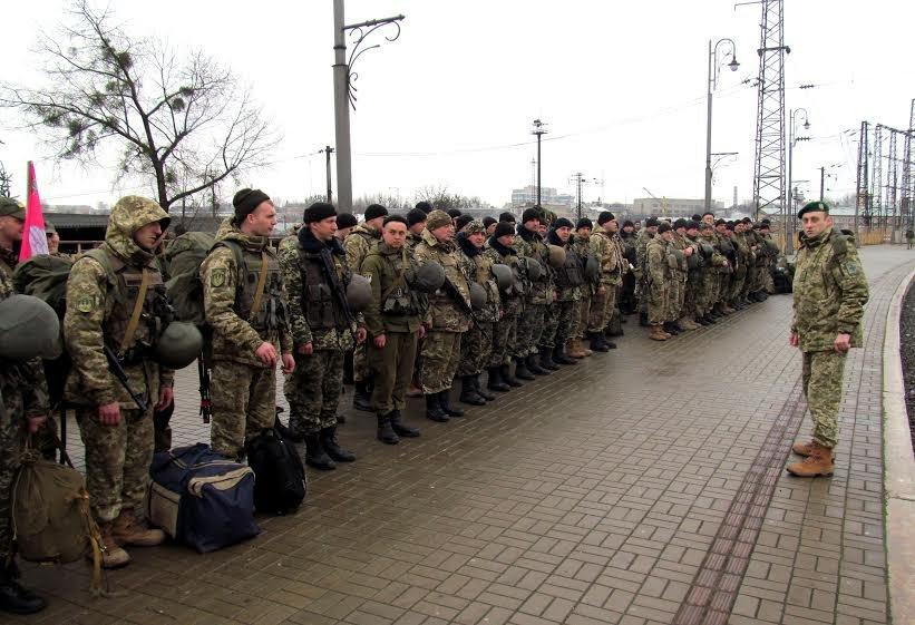 У Львівську область приїхало більше сотні прикордонників із передової (ФОТО), фото-6