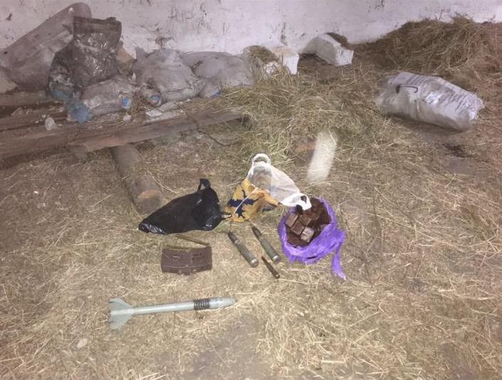 Краматорские пограничники обнаружили схрон с боеприпасами (ВИДЕО) (фото) - фото 2