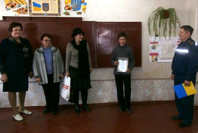На Днепропетровщине студент и семиклассник спасли тонущего рыбака (фото) - фото 1