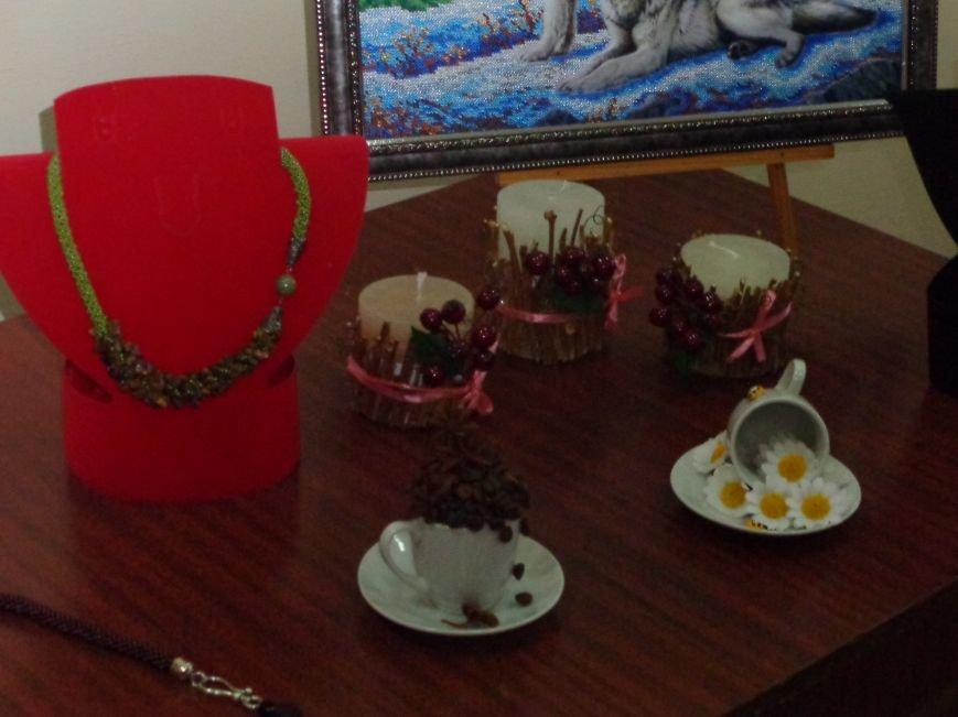 В Красноармейске открыта чудо-выставка, приуроченная к 8 марта (фото) - фото 8