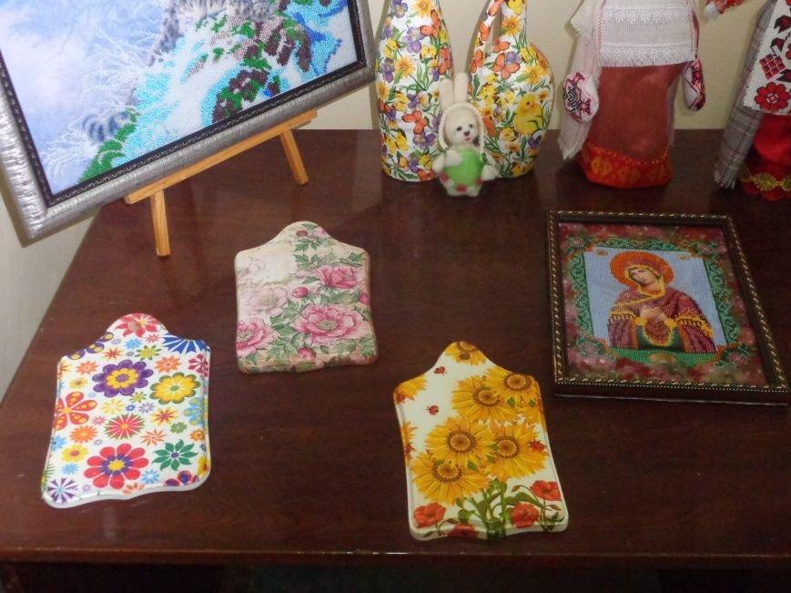 В Красноармейске открыта чудо-выставка, приуроченная к 8 марта (фото) - фото 5