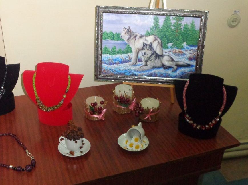 В Красноармейске открыта чудо-выставка, приуроченная к 8 марта (фото) - фото 9