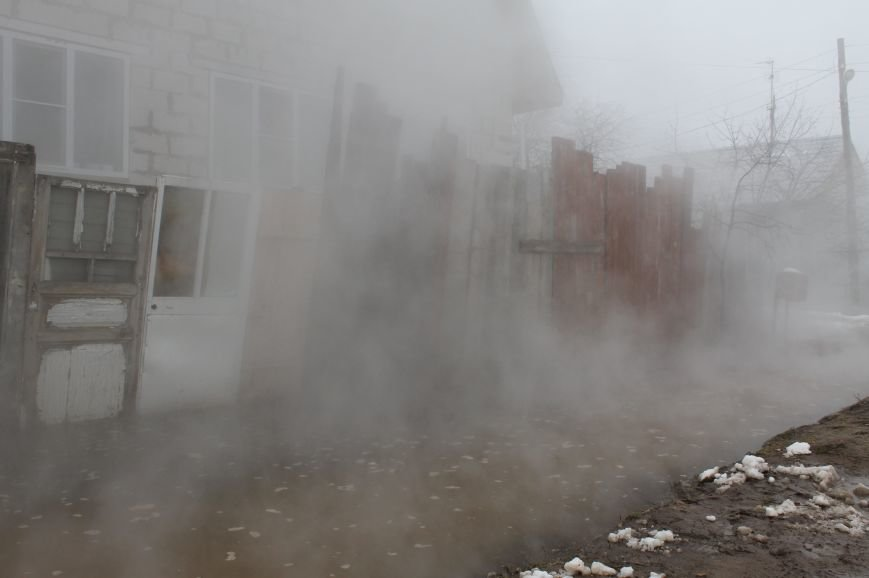 В Твери произошла авария на теплотрассе в Заволжском районе (ФОТО) (фото) - фото 3