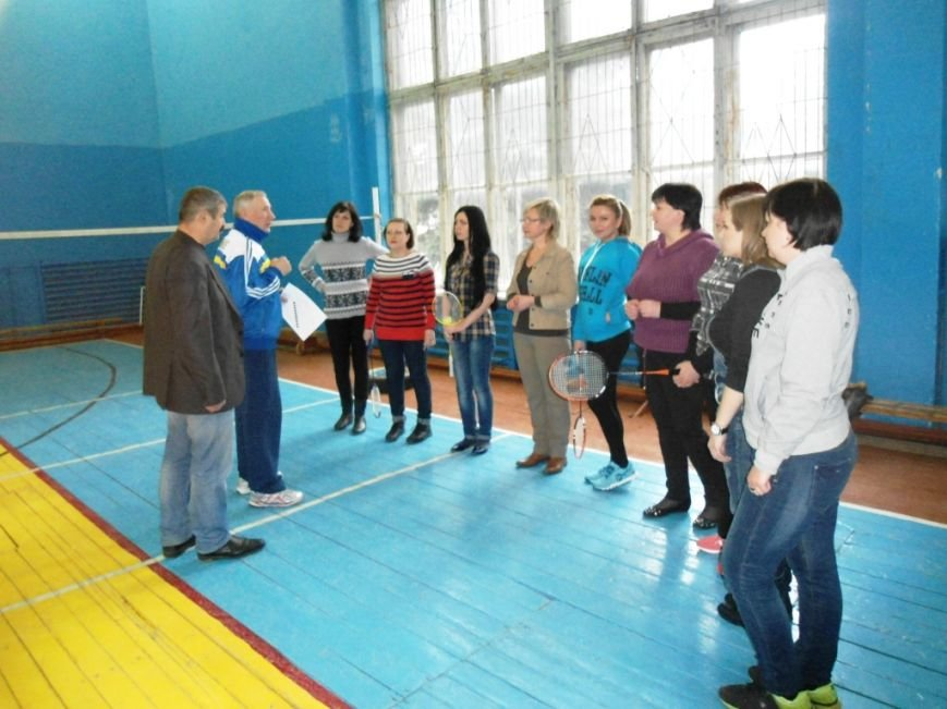 В Славянском районе прошли спортивные соревнования среди госслужащих, посвященные 8 марта (фото) - фото 1