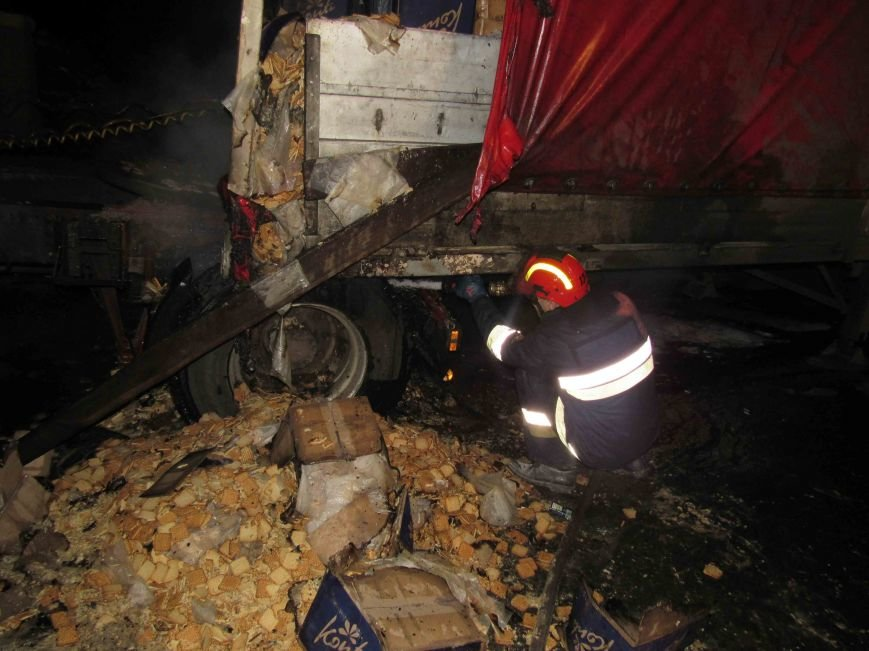 В Северодонецке героично спасали грузовик (ФОТО) (фото) - фото 1