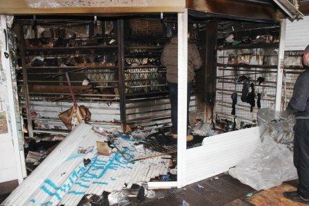 В центре Херсона в подземном переходе горел магазин, фото-1