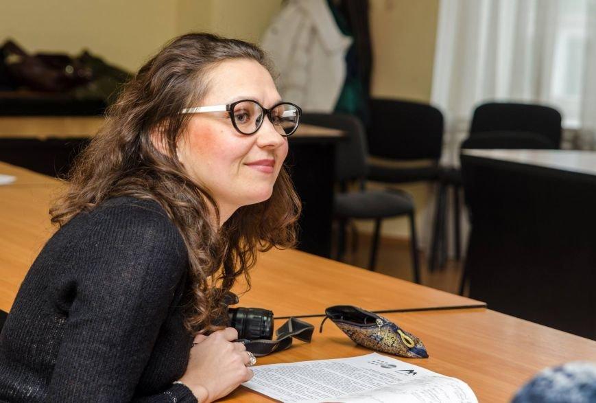 Белоцерковская фотовыставка «Женщины и конфликт в Украине» (фото) (фото) - фото 4