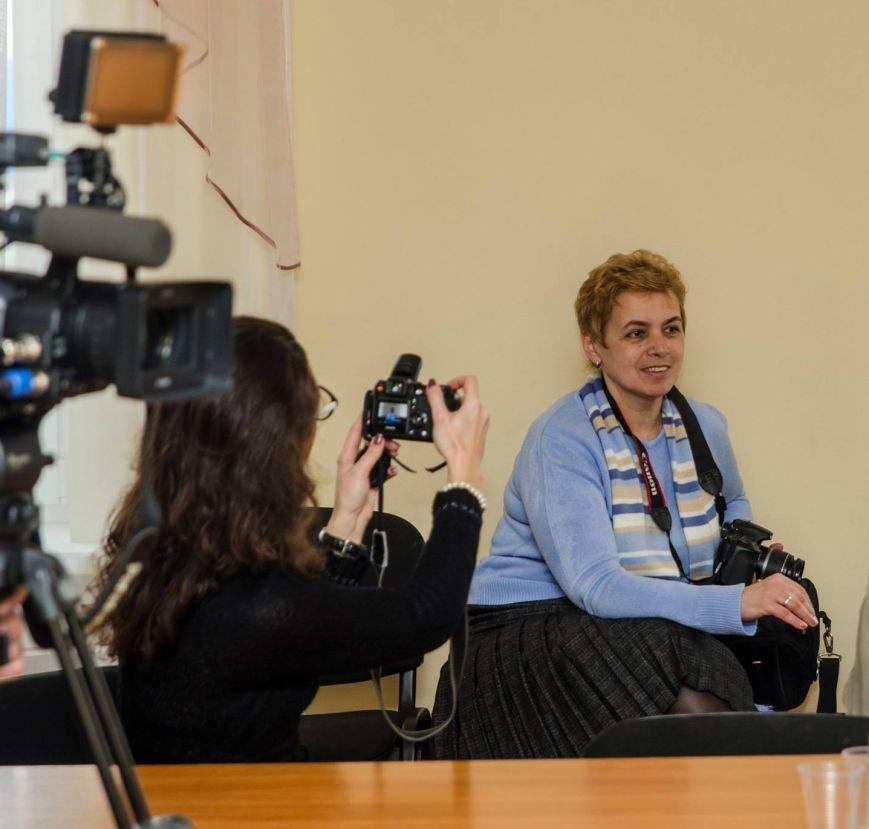 Белоцерковская фотовыставка «Женщины и конфликт в Украине» (фото) (фото) - фото 5