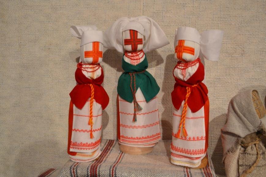 В Музее истории Днепродзержинска открылась выставка украинской вышивки, фото-6