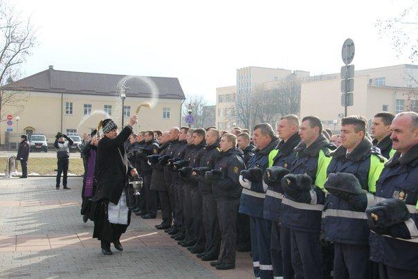 В Гродно накануне Дня белорусской милиции прошел парад (фоторепортаж) (фото) - фото 9