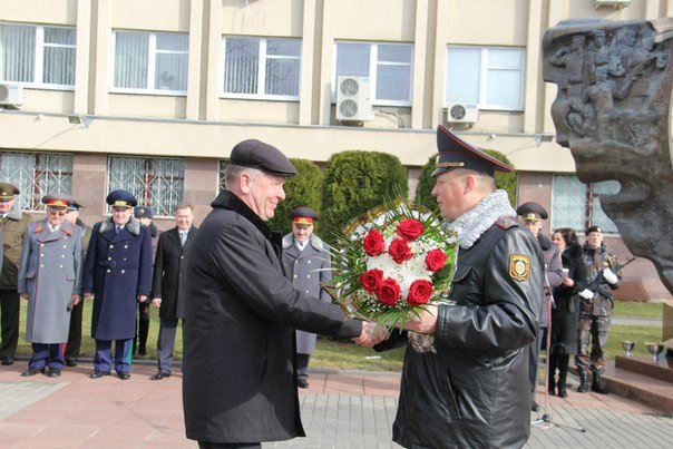 В Гродно накануне Дня белорусской милиции прошел парад (фоторепортаж) (фото) - фото 11