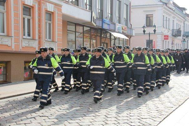 В Гродно накануне Дня белорусской милиции прошел парад (фоторепортаж) (фото) - фото 7