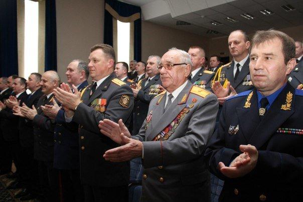 В Гродно накануне Дня белорусской милиции прошел парад (фоторепортаж) (фото) - фото 19