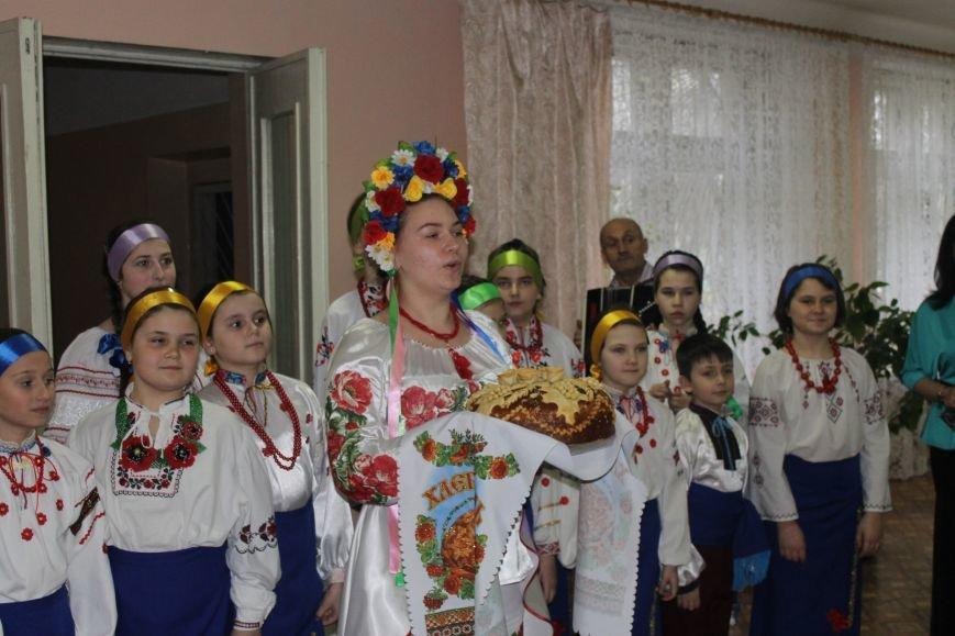 В Добропольской музыкальной школе состоялось открытие восстановленного актового зала, фото-1