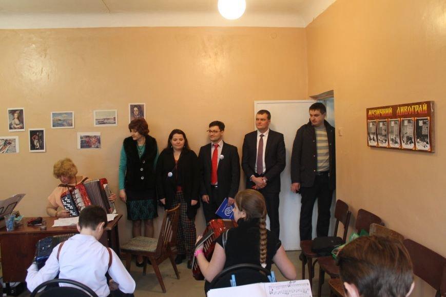 В Добропольской музыкальной школе состоялось открытие восстановленного актового зала, фото-6