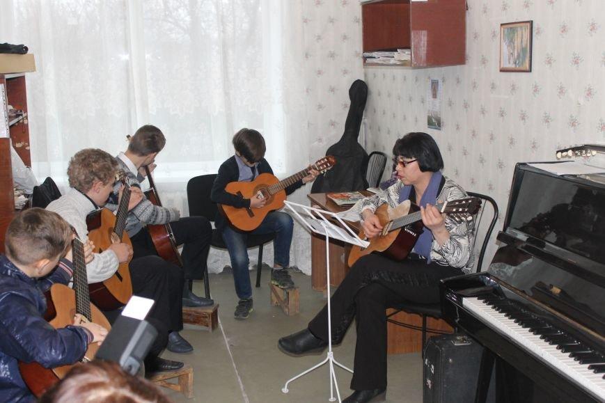 В Добропольской музыкальной школе состоялось открытие восстановленного актового зала, фото-8