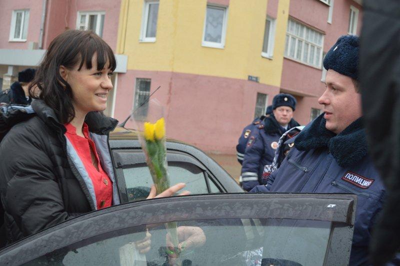 Белгородские инспекторы ГИБДД вышли в праздничный рейд (фото) - фото 2