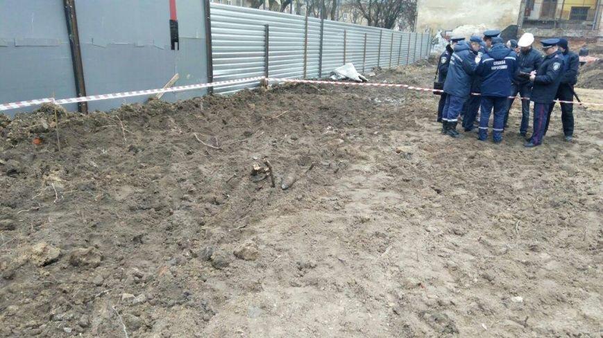 На будівельному майданчику у Львові знайшли артснаряд: опубліковані фото: (ФОТО), фото-2