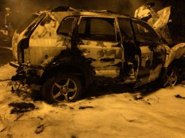 В Кривом Роге на ходу загорелся внедорожник (ФОТО) (фото) - фото 1