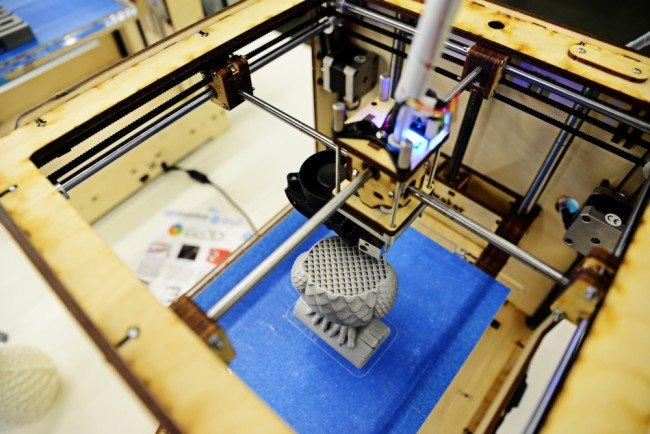 Преподаватель Полоцкого университета усовершенствовал 3D-принтер, фото-1