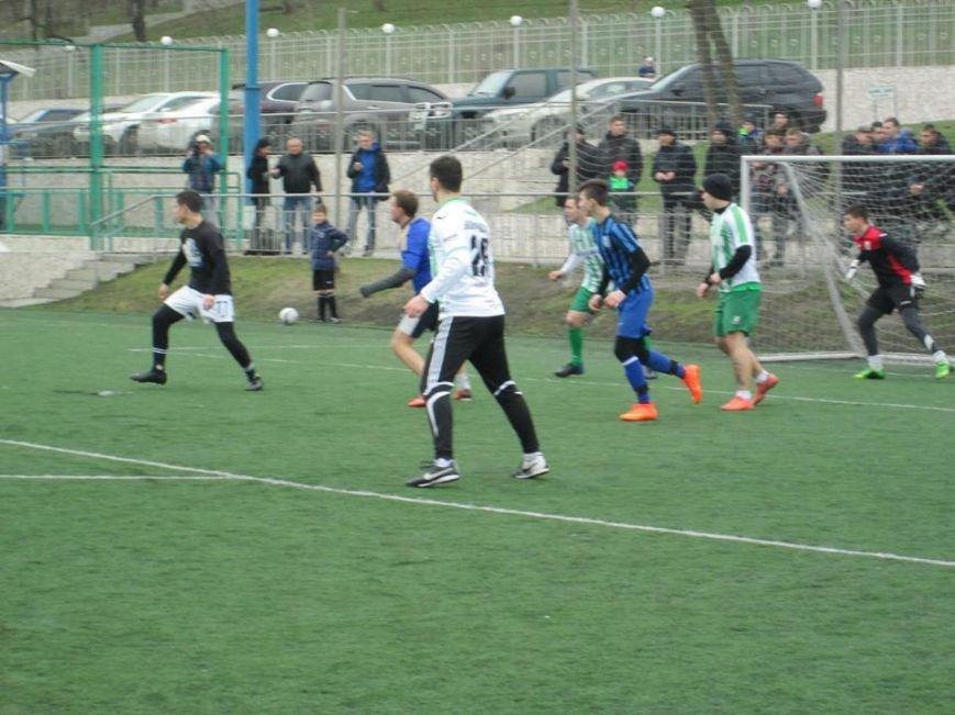 525749dedf776c537eb26510d4ca8f78 Одесские ультрас сразились с карпатскими в…футбол