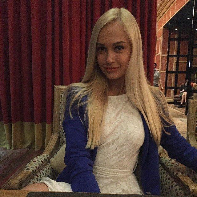 Красавица-фанатка «Днепра» участвует в шоу «Холостяк-6» (ФОТО) (фото) - фото 8
