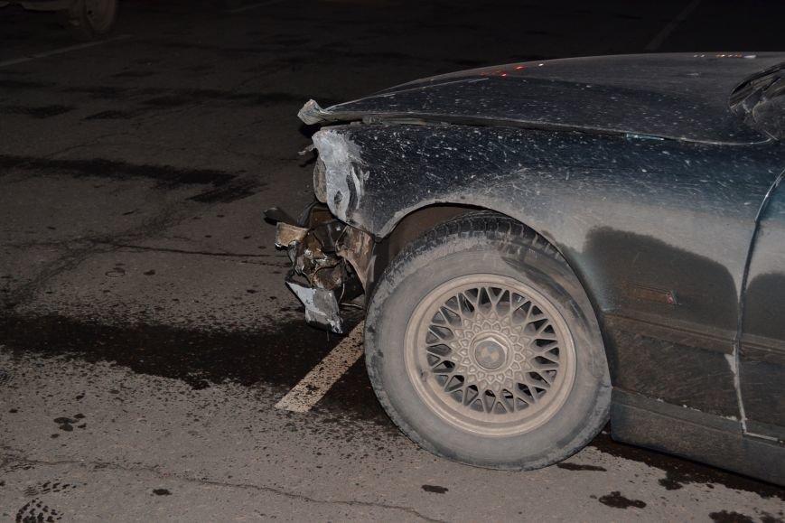 В Кривом Роге в результате тройного ДТП  «Skodа» влетела в остановку с людьми (ФОТО), фото-21