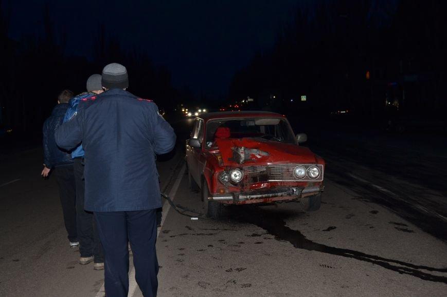 В Кривом Роге в результате тройного ДТП  «Skodа» влетела в остановку с людьми (ФОТО), фото-12