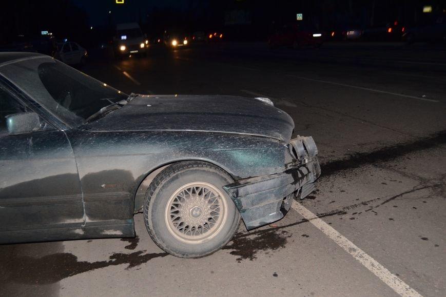 В Кривом Роге в результате тройного ДТП  «Skodа» влетела в остановку с людьми (ФОТО), фото-18