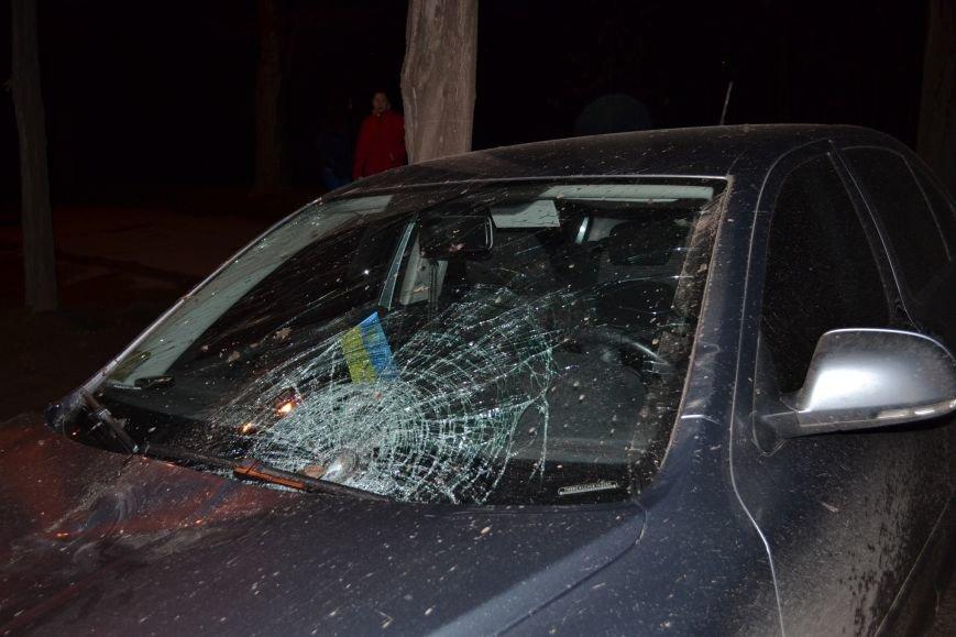 В Кривом Роге в результате тройного ДТП  «Skodа» влетела в остановку с людьми (ФОТО), фото-6