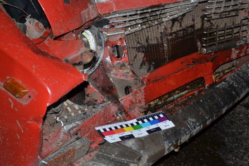 В Кривом Роге в результате тройного ДТП  «Skodа» влетела в остановку с людьми (ФОТО), фото-9