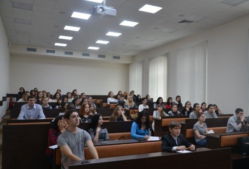 В Армавире очередная «Университетская суббота» была посвящена  прозе Пушкина (фото) - фото 2