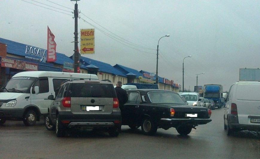 В Кировограде столкнулись два легковых автомобиля. ФОТО, фото-3