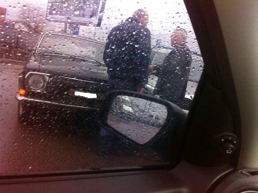 В Кировограде столкнулись два легковых автомобиля. ФОТО, фото-2