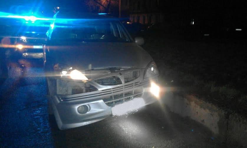 Пьяный чиновник в Одессе разбил чужую машину и пытался бежать, фото-1