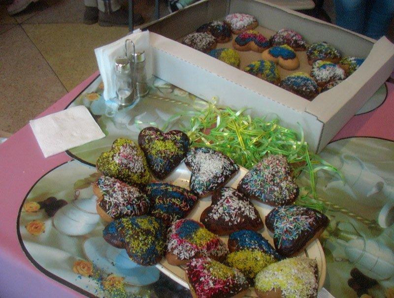 Участники Славянской лиги будущих полицейских готовили сладкие угощения для участников АТО (фото) - фото 8