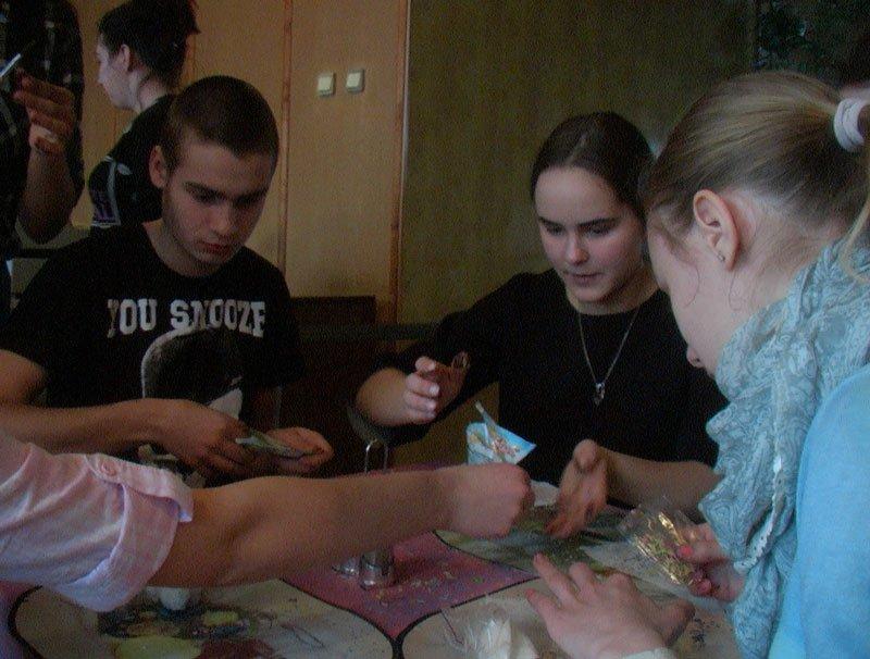 Участники Славянской лиги будущих полицейских готовили сладкие угощения для участников АТО (фото) - фото 4