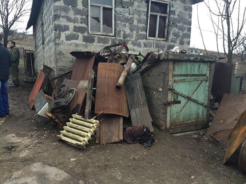 Славянские правоохранители пресекли деятельность пункта приема металлолома (фото) - фото 2
