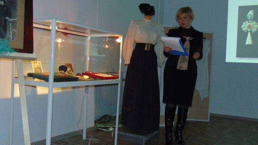 Мариупольцы узнали секреты красоты модниц 19 века (ФОТО+ВИДЕО) (фото) - фото 2