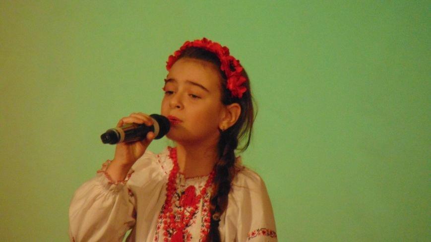 В Мариуполе начали праздновать день рожденья Кобзаря (ФОТОФАКТ) (фото) - фото 1