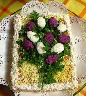 Макеевчанкам к празднику: топ-10 салатов-цветов (фото) - фото 1