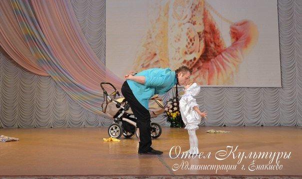В Енакиево состоялся праздничный концерт, приуроченный к Международному женскому дню, фото-3