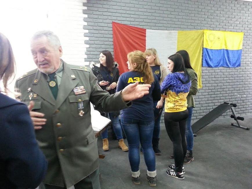 """Военные ВСУ, """"АЗОВа"""" и представители спортклубов поднимали гири самым сложным способом (ФОТО, ВИДЕО), фото-1"""